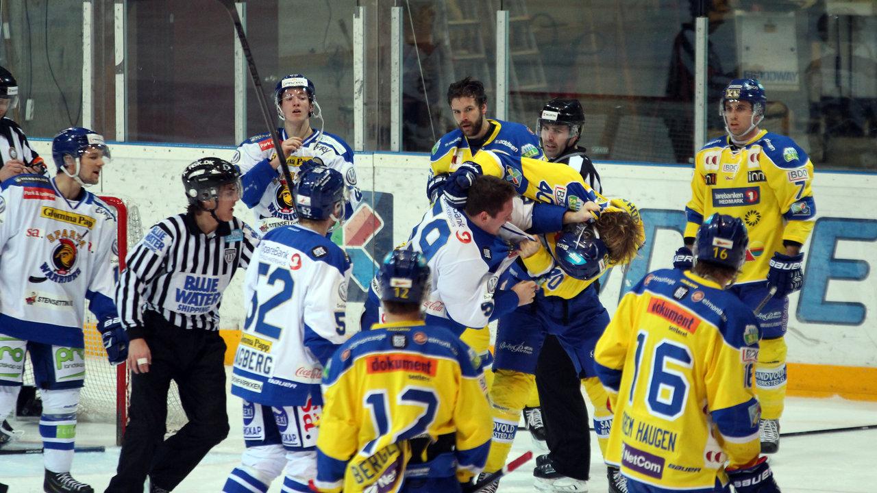 Mats Weberg og Linus Johansson gikk løs på hverandre.