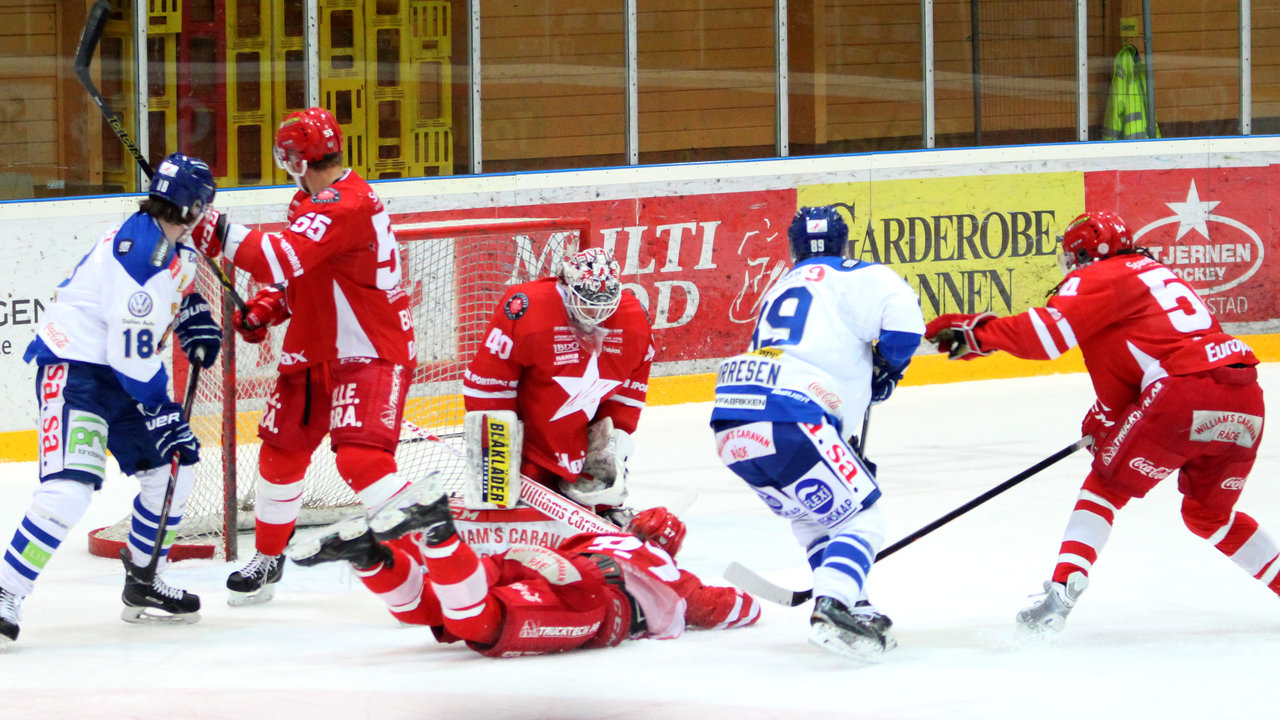 Magnus Nilsen og Eirik Børresen går for mål.