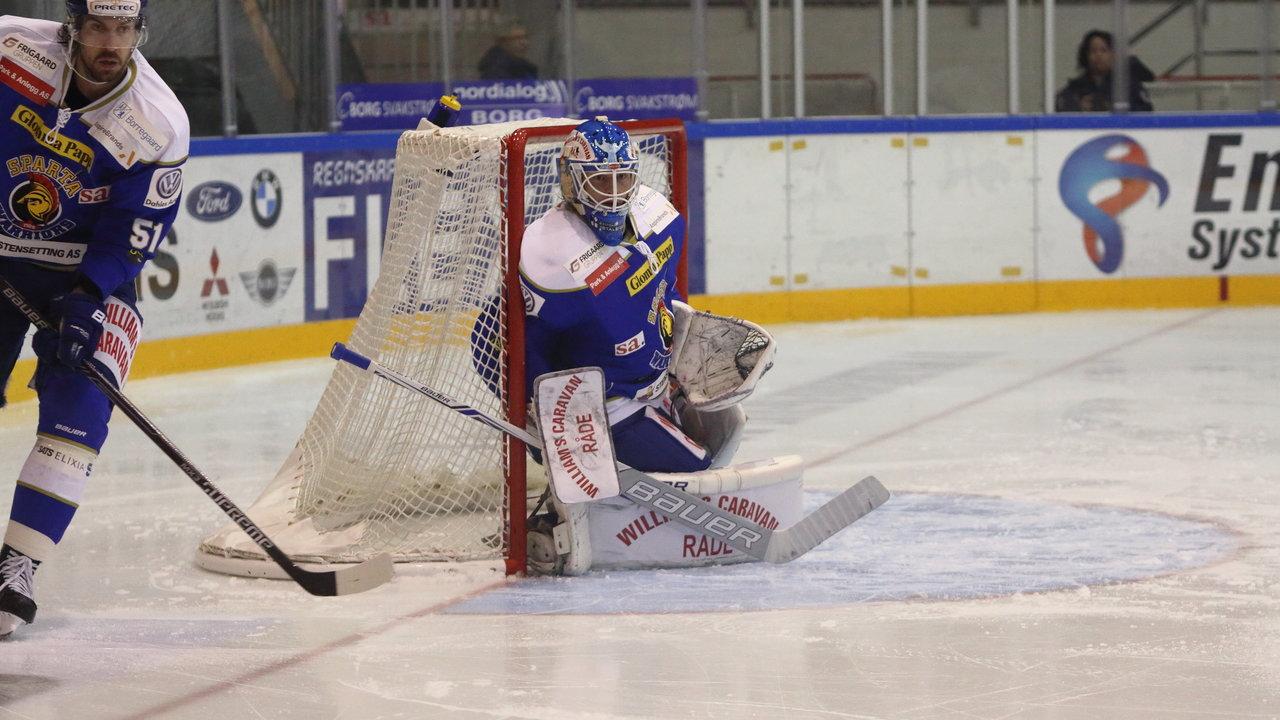 Jens Kristian Lillegrend var trygg i Sparta-målet. (Foto: Jon A. Johansen)