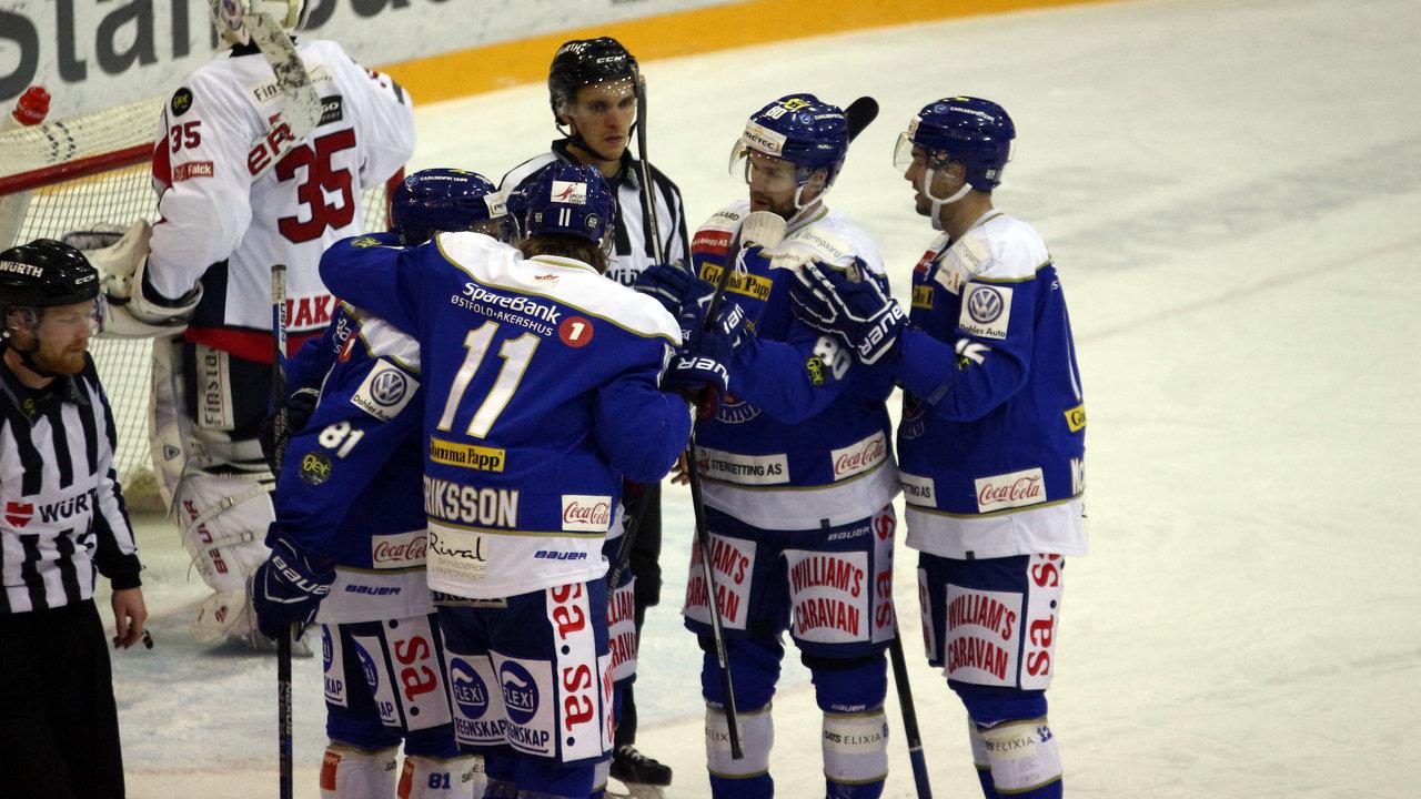 Sparta jublet etter 1-0 mot Lørenskog. Foto Dagfinn Heidenberg