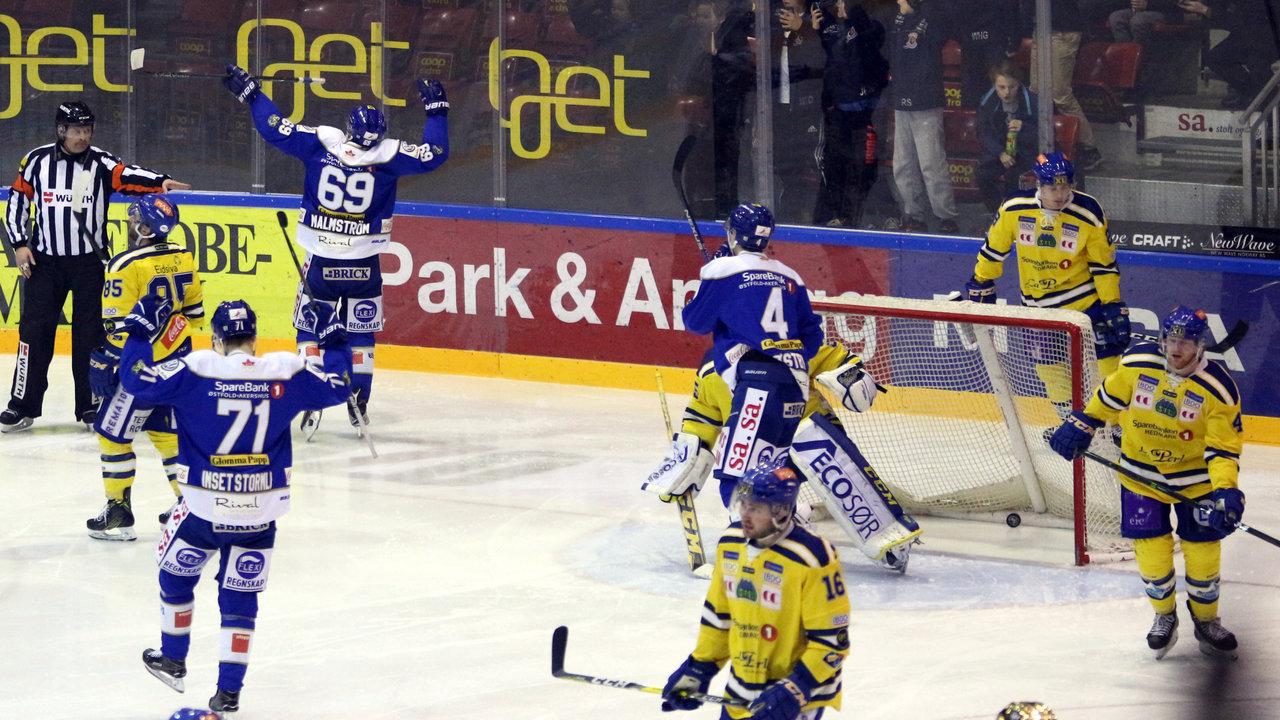 Malmström scorer. Foto: Dagfinn Heidenberg