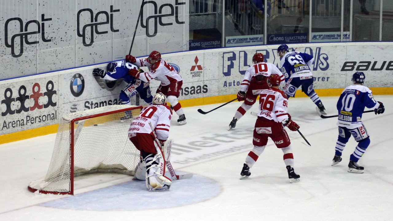 Magnus Lindahl kriger bak mål.